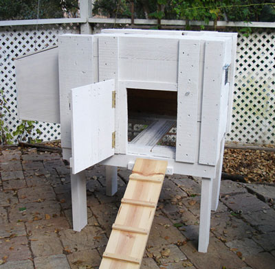 Basic small chicken coop made from a repurposed shipping crate